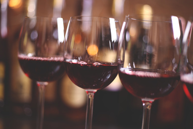 What is a tannic wine?